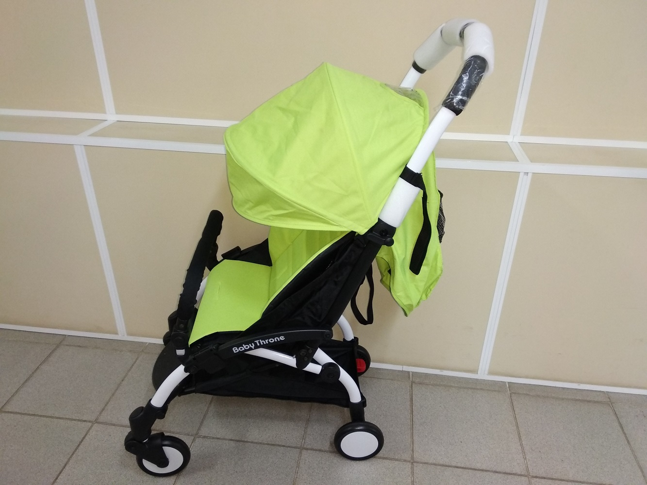 коляска Baby Throne Lime лайм